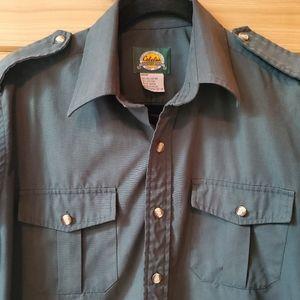 Cabela's Dark Green Button Up Shirt SZ M